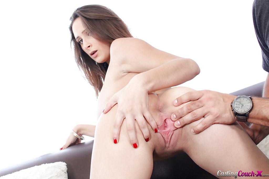Донжуан устроил барышне вагинальный перепихон