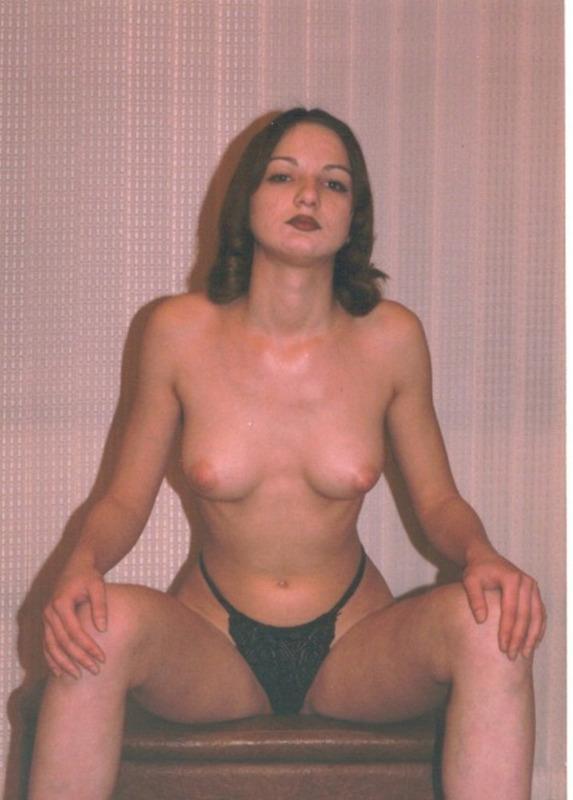 Ретро снимки обнаженных женщин на отдыхе