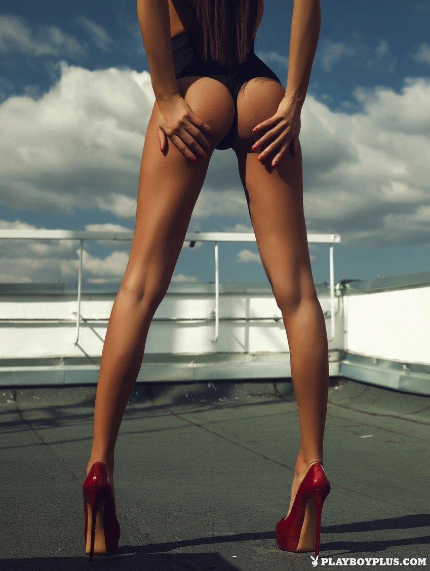 Подборка эротических снимков голых телочек