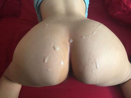 Подборка жоп девушек залитых спермой