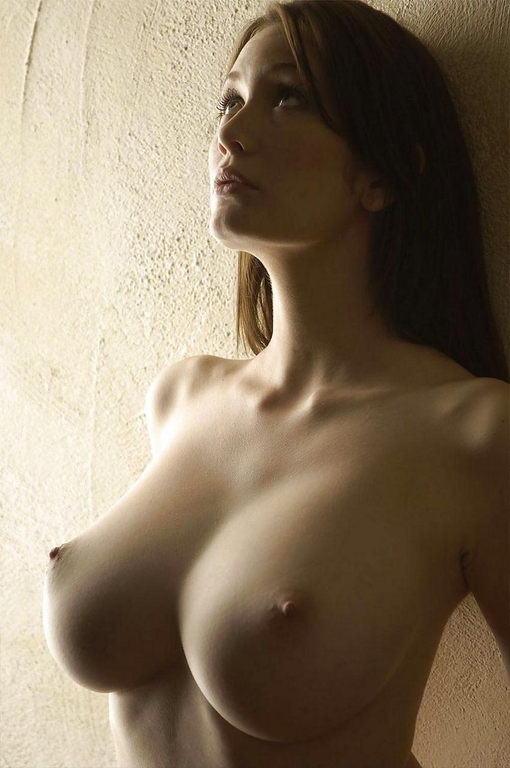 Подборка больших сисек одиноких женщин